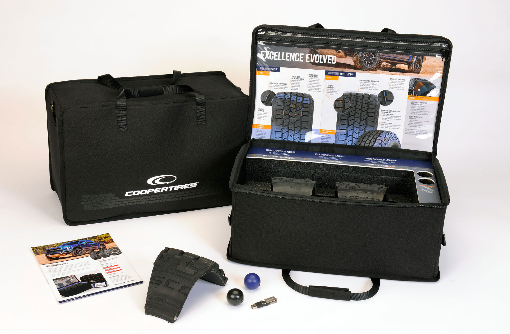 Kit created for Cooper Tire's sales team to sell the new Discoverer AT3 line of tires.